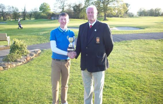 Junior Champion Josh Hilleard and SGU President Brian Evans